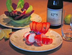Crayfish medallions with Jamo's summer salad