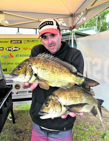 Mark Hayes delivered the tournament's only 4kg+ bag to the scales on the final day to claim victory at Mallacoota.