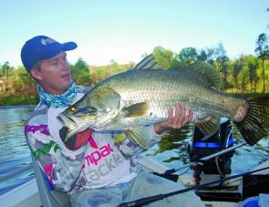 Fishing Monthly Magazines : RegularFeatures / FFSAQ