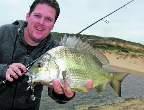 The bream fishing around Apollo Bay has been sensational in past weeks and the good fishing should continue right through May.