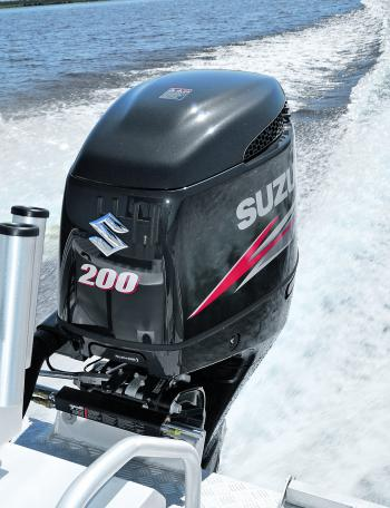 The Suzuki 200hp 4-stroke was a great match for the 651. Plenty of power and good fuel economy for a large motor.