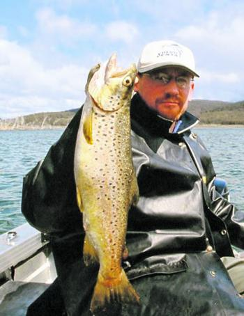 Good-sized browns can be trolled in the mountain lakes on a variety of lures, including Tasmanian Devils and small hardbodied minnows but versatile lures such as Burrinjuck Specials, which accounted for this superb specimen, are also worth a try.