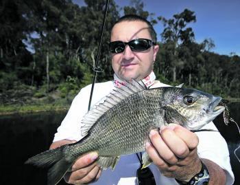 Fishing Monthly Magazines : Taming the mighty Tyers
