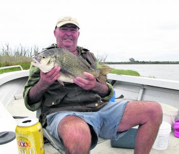 Rod Shutsbree with a stud 45cm Lake Victoria bream caught on a live crab down at The Point.