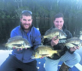 Tom and Kenno got amongst the bream with 33 fish caught for the day, great fun in the shallows and all fish released.