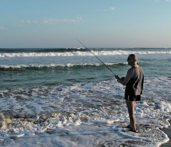April is a prime month for beach fishing and just about all regular surf species are active. Mike Grant tried his luck at Soldiers Beach for bream and whiting.