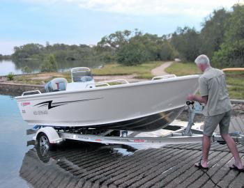 One person launch/retrieval of the 469 Stacer Outlaw is a bonus for lucky owners to enjoy.