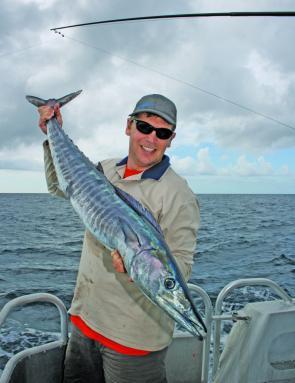 Fishing Monthly Magazines : Brisbane's Moreton Island